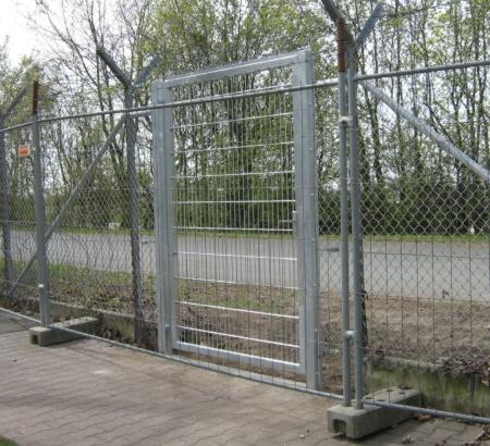 Gittertür Oder- Ecke Kienitzerstrasse